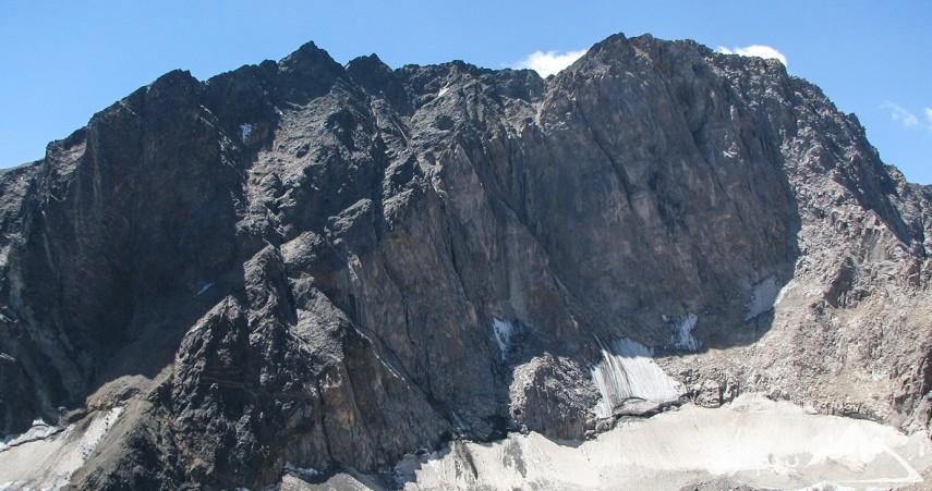 قله علم کوه