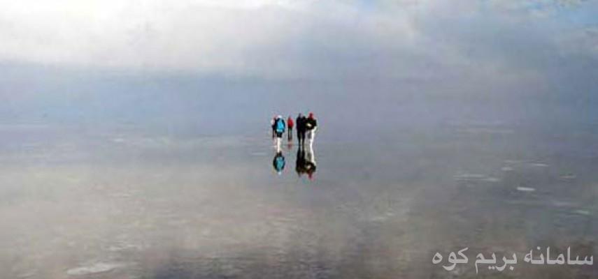 تور یک روزه دریاچه حوض سلطان و گنبد نمکی