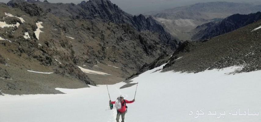 صعود به قله کرکس از چهار جبهه