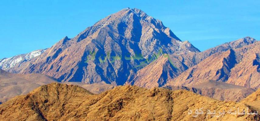 صعود به قلل سه گانه شاهدار و برگشت از تنگه مهیج و زیبای پنجعلی