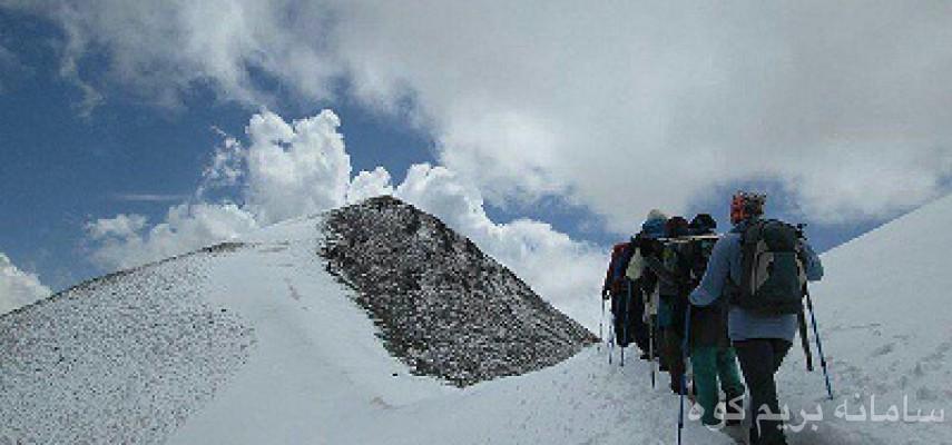 صعود به قله برف انبار