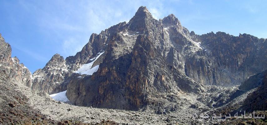 گزارش  صعود به قله مونت کنیا دومین قله بلند قاره افریقا