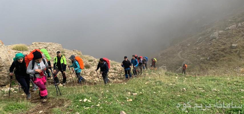 گام سوم صعود به دماوند - قله خرونرو