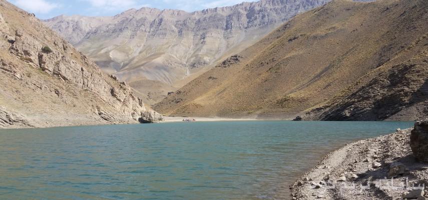 صعود قله دوبرار و کمپینگ دریاچه های تار و هویر