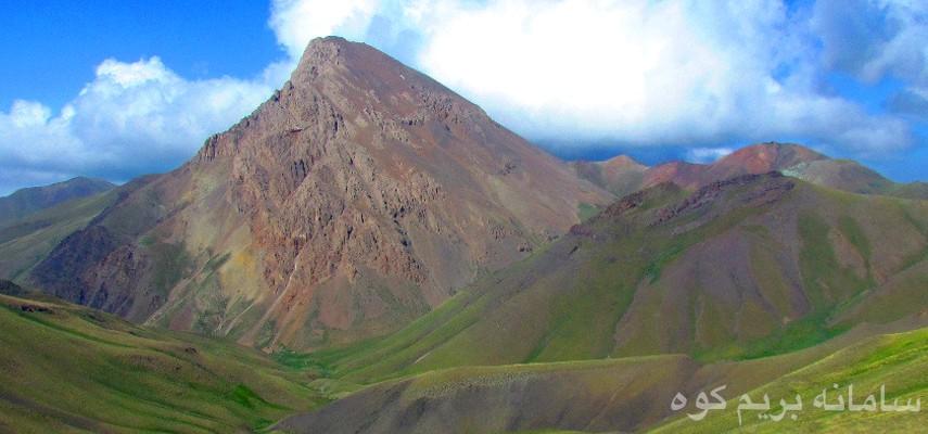 صعود به قله آزادکوه