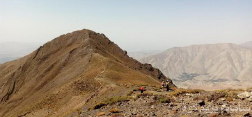 صعود قله ریزان