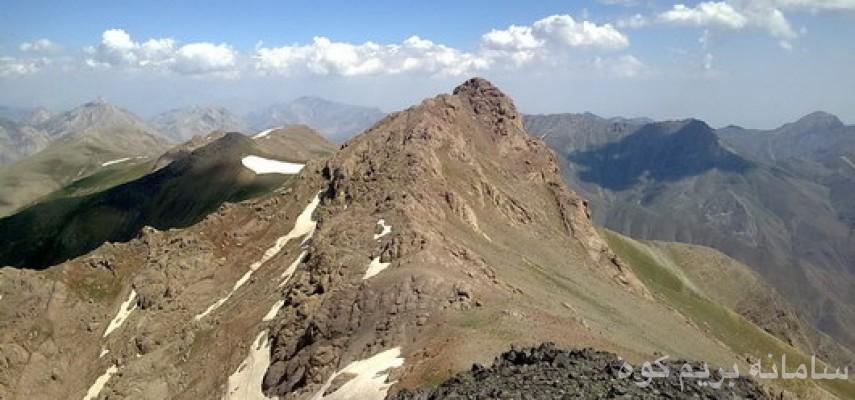 صعودبه قله۳۹۶۰متری خرسنگ