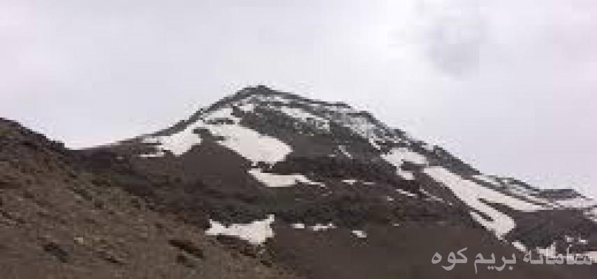 صعود ب قله لَوارک و بازدید از آبشار رندان