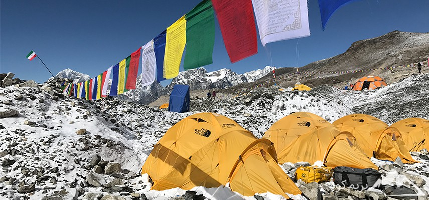ترکینگ کمپ اصلی اورست و صعود به قله آیلندپیک (نپال)