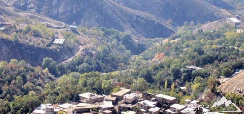 پیمایش و بازدید از کوه سنگی روستای وردیج