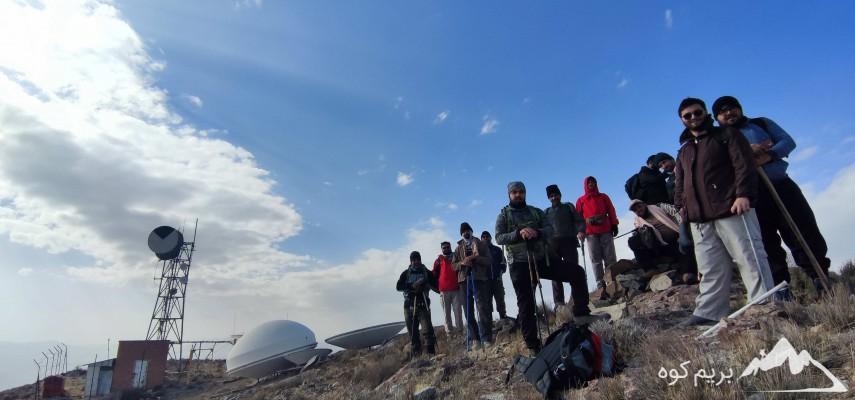 صعود شبانه به قله ۲۰۰۰ متری آله سلفچگان