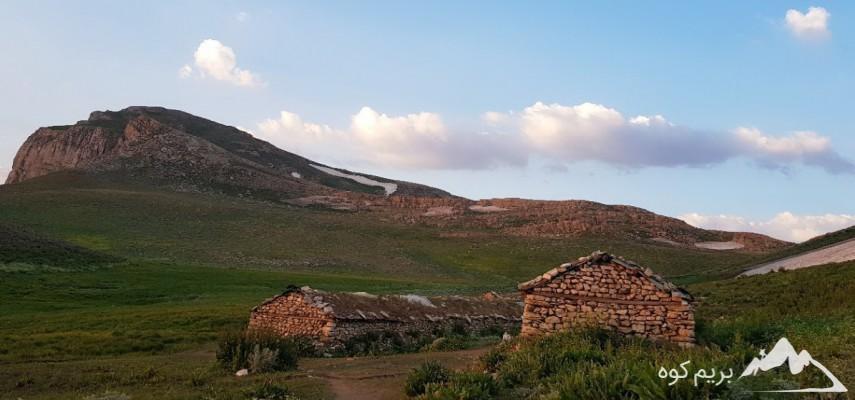 کمپینگ و صعود به قله سماموس