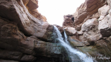 طبیعت گردی و بازدید آبشار آبقد
