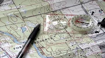 کلاس آموزشی نقشه خوانی و کار با قطب نما