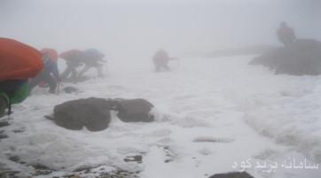 قله دماوند (از جبهه شمالی یا جنوبی با توجه به میزان تقاضا)