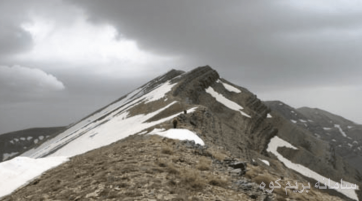 صعود قله لوارک
