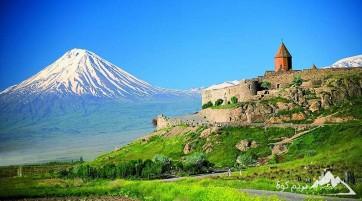 صعود قله آرارات